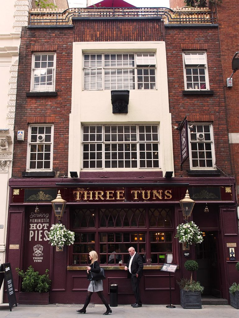 The Three Tuns - Outside